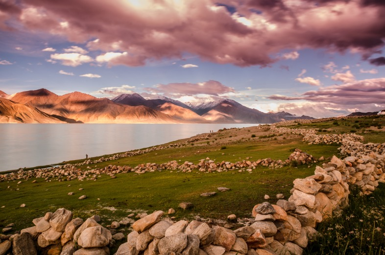 Pangong Tso Lake - Stunning landscape at 14000 feet on the India China border
