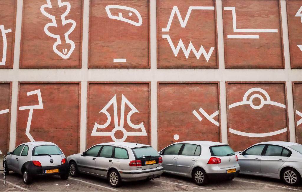 Grafitti on an Amsterdam side street