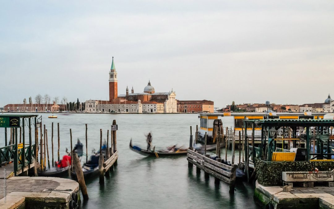 How To Photograph The Wonderful Yet Tourist Ridden City of Venice Responsibly