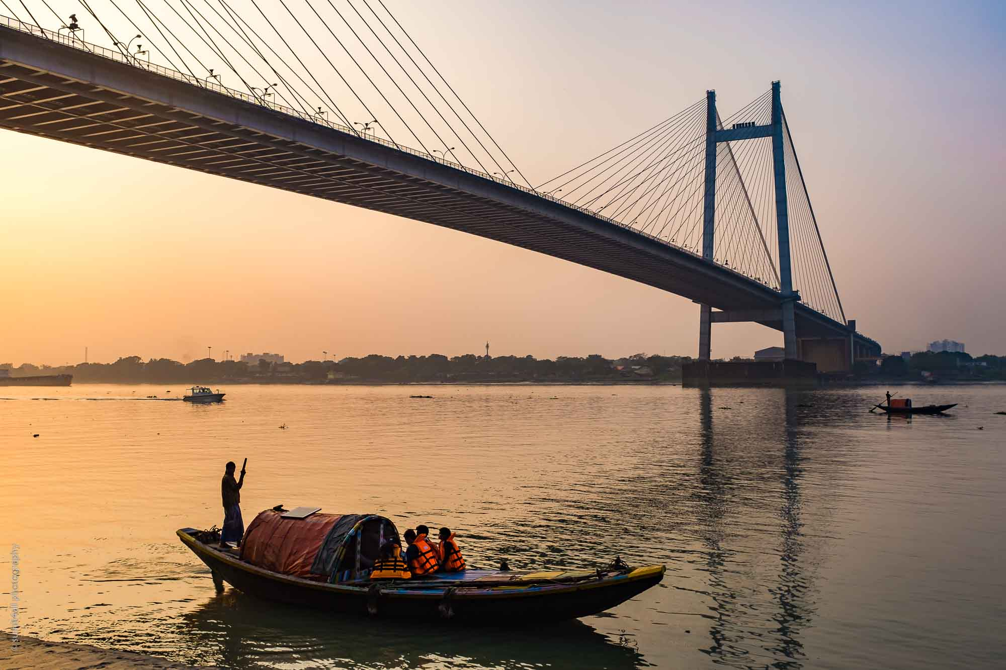 The Vidyasagar Setu Bridge over the Hooghly in Kolkata
