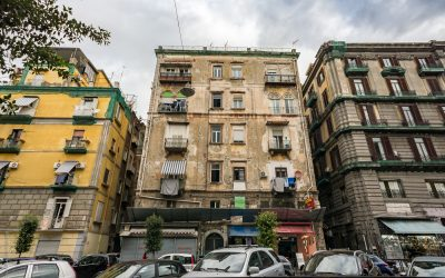 Old and Dusted, Yet Charming and Elegant in its Own Way – That is Naples for You